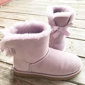 Brand new lilac UGG Bow boots size 8